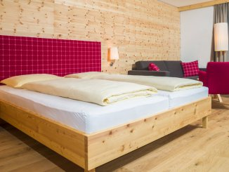 "Double room ""Alpenrose"" (alpine rose)"